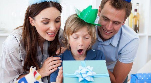 Що подарувати хлопцеві на 10 років