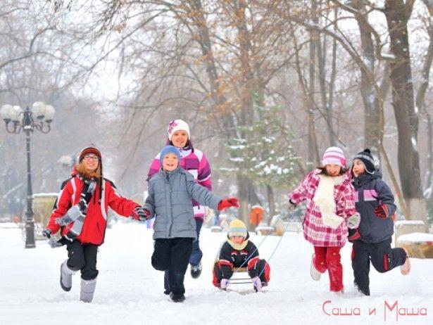 Як одягати дитину взимку