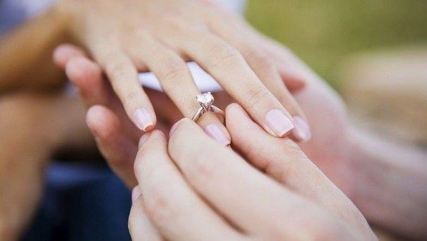 Кільце для пропозиції руки і серця: яким воно має бути