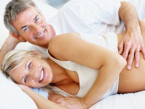 Особливості та ризики пізньої вагітності