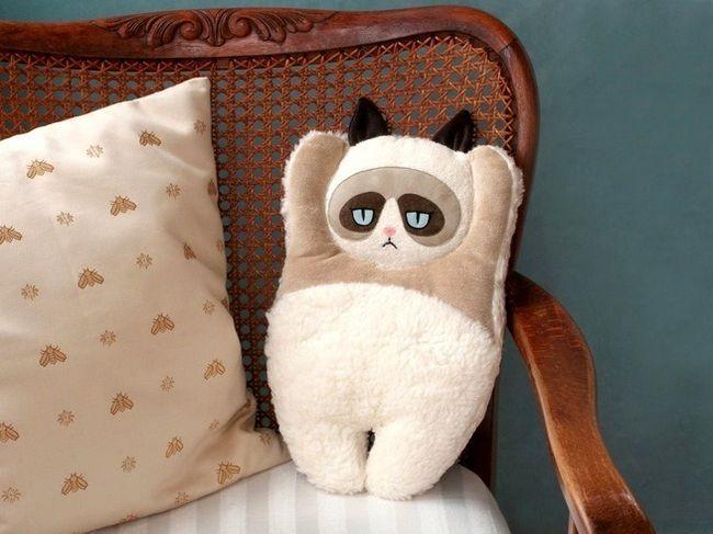 Подушка-кіт