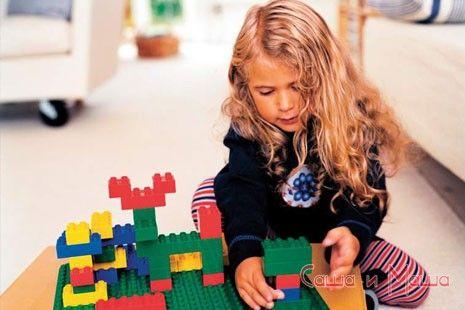Розвиваючі іграшки - конструктори для дітей