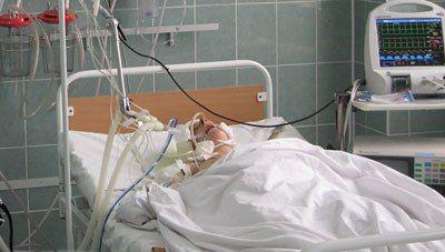 Дитина подавився: як видалити стороннє тіло з дихальних шляхів
