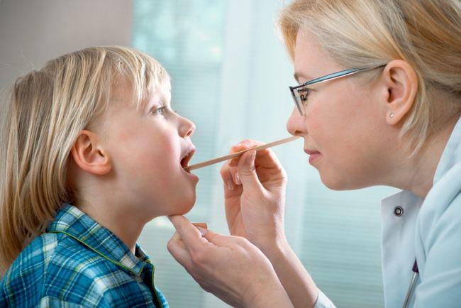 Симптоми і лікування аденоїдів у дітей