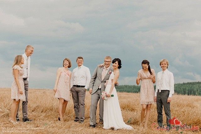 зовнішній вигляд гостей в весіллі прованс
