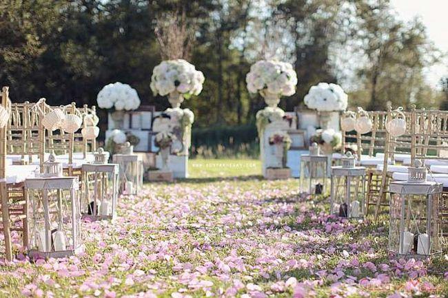 оформлення весілля в стилі прованс на природі