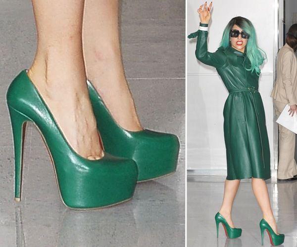 Леді Гага в зеленому